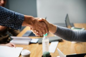 Make sure that you can trust your mover before shaking his hand and striking a deal