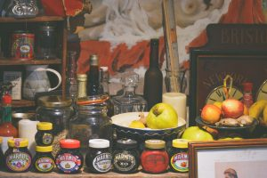 Some of the kitchen items you should throw away before moving