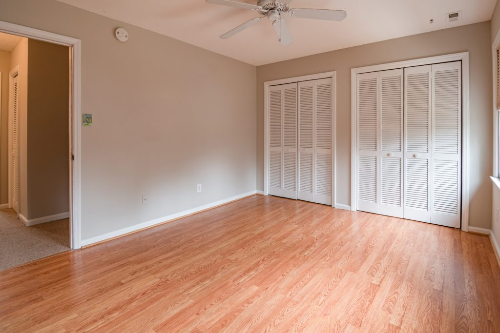 An empty clean room in the house