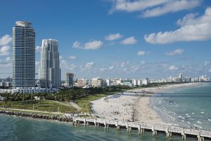 The view of Miami, the city that offers numerous options to newcomers and is thus one of the reasons to move to Florida this summer.